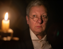 Scrooge by Charles Dickens adapted by Guy Retallack. The Bridge House Theatre, High Street, Penge to 22 December 2019. 4****. William Russell